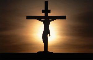 Ilustracja 1: Jezus Chrystus ukrzyżowany, źródło: http://www.bernardyni.rzeszow.pl/files/Krzyz.600px.jpg [dostęp: 30.05.2015]
